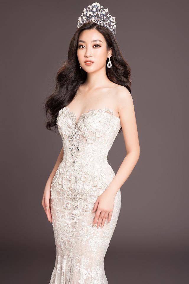 Đỗ Mỹ Linh lọt top 40 Miss World 2017 và giành giải Hoa hậu Nhân ái.