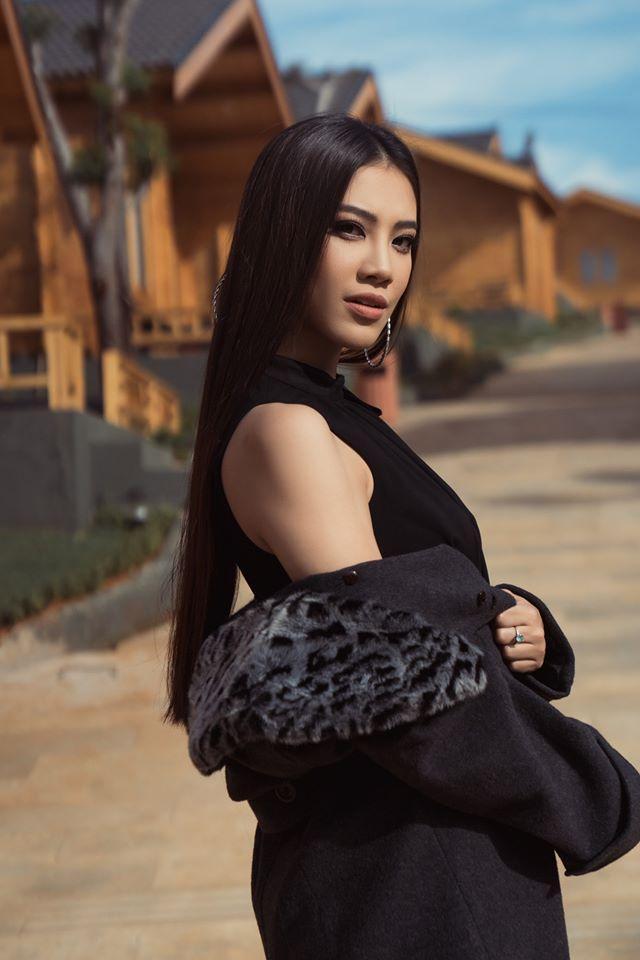 Thúy Vân đẹp kiều diễm, Khánh Vân  Kim Duyên sắc lạnh, pose dáng chuẩn thần thái ảnh 8