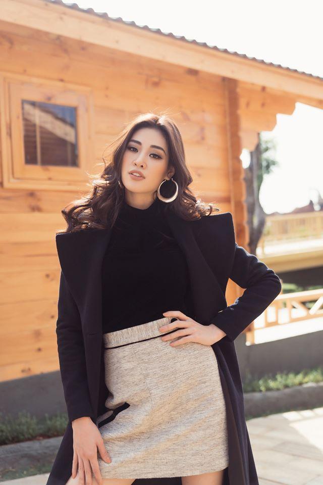 Thúy Vân đẹp kiều diễm, Khánh Vân  Kim Duyên sắc lạnh, pose dáng chuẩn thần thái ảnh 6