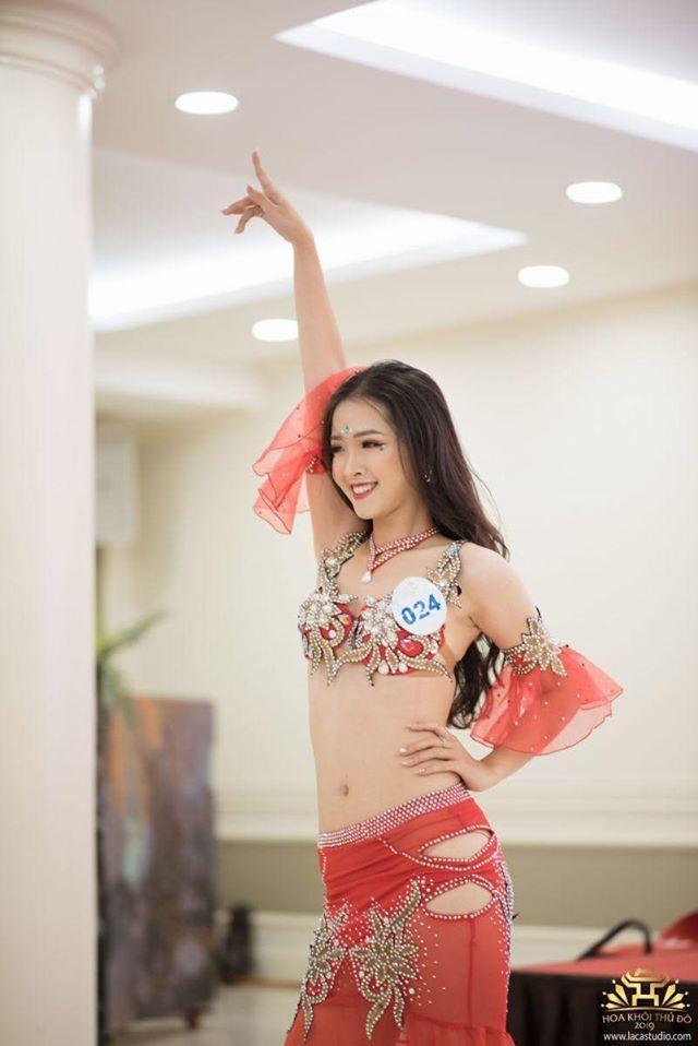 Được biết, Khánh Linh có một niềm đam mê lớn đối với nghệ thuật múa. Cô đã theo đuổi bộ môn nghệ thuật này từ nhiều năm nay. Không chỉ trong cuộc thi Glorious HANU 2019, Khánh Linh còn trình diễn năng khiếu này của mình trong nhiều cuộc thi khác nữa.