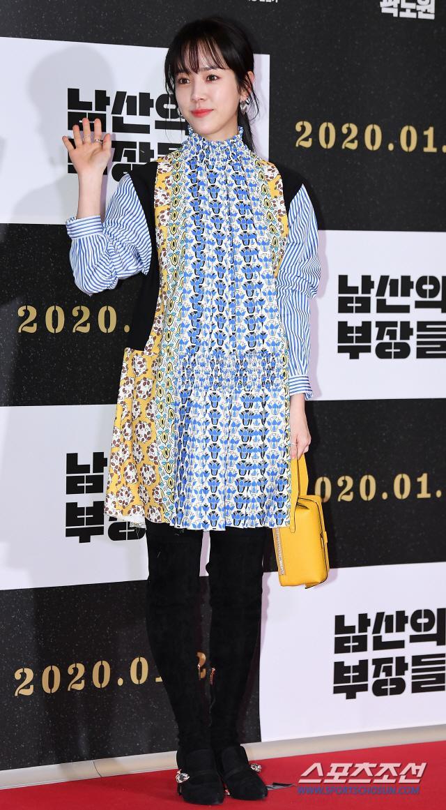Han Ji Min đụng độ chiếc váy giá 63 triệu với Irene (Red Velvet): Ai tạo nên sự rung cảm? ảnh 3