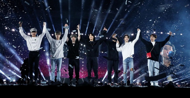 Chưa phát hành album, BTS đã công bố địa điểm và thời gian tổ chức Tour diễn mới ảnh 5