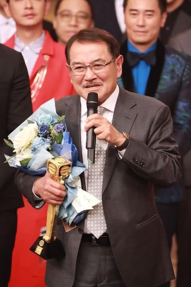 Dương Mịch  Lưu Khải Uy ly hôn 1 năm hơn, Lưu Đan dùng 4 chữ để hình dung mối quan hệ với con dâu cũ ảnh 7