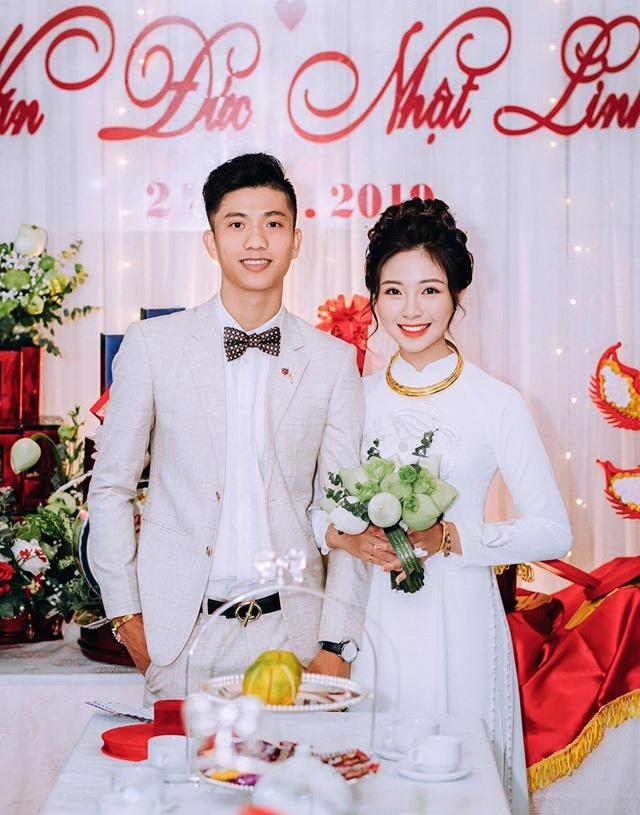 Tiền vệ Phan Văn Đức cưới vợ vào hôm nay.