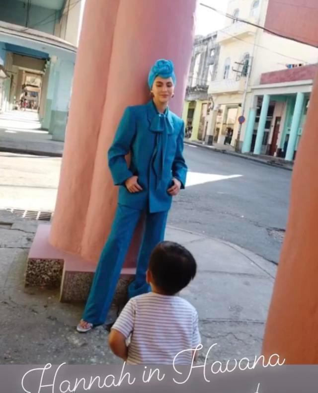 Dù Côn Lăng đi chụp ảnh ở Cuba xa xôi thì Châu Kiệt Luân vẫn có cách phát bánh gato ảnh 12