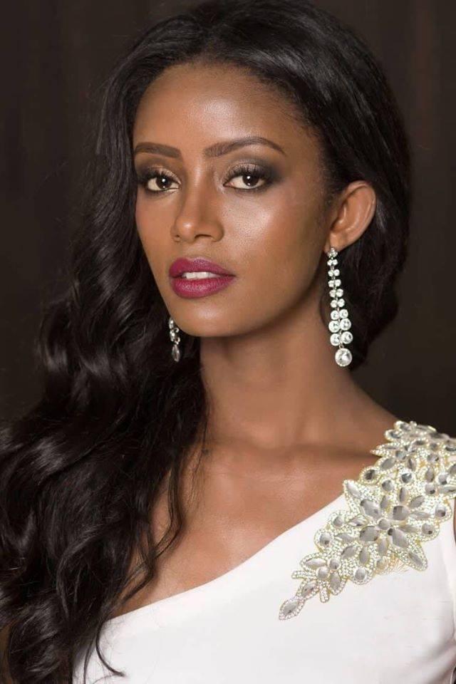Bitaniya Yosef mang sash Ethiopia và đoạt ngôi vị Á hậu 3 Miss Supranational 2017.