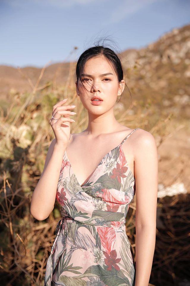 Xinh đẹp và có sự nghiệp ổn định, Ngọc Trinh từ chối nhiều đại gia để yêu cầu thủ trẻ Thành Phong nhưng chịu nhiều cay đắng. Ảnh: NVCC