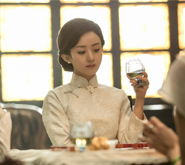 Triệu Lệ Dĩnh không ngừng hot khi phim điện ảnh lên sóng truyền hình trung ương với rating đầy bất ngờ ảnh 4