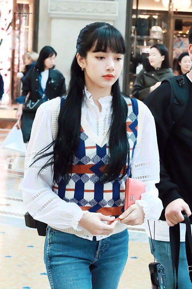 Búp bê Thái Lan đi dạo thành phố Milan shopping thôi mà xinh đáo để đậm đà style nữ tính ảnh 2