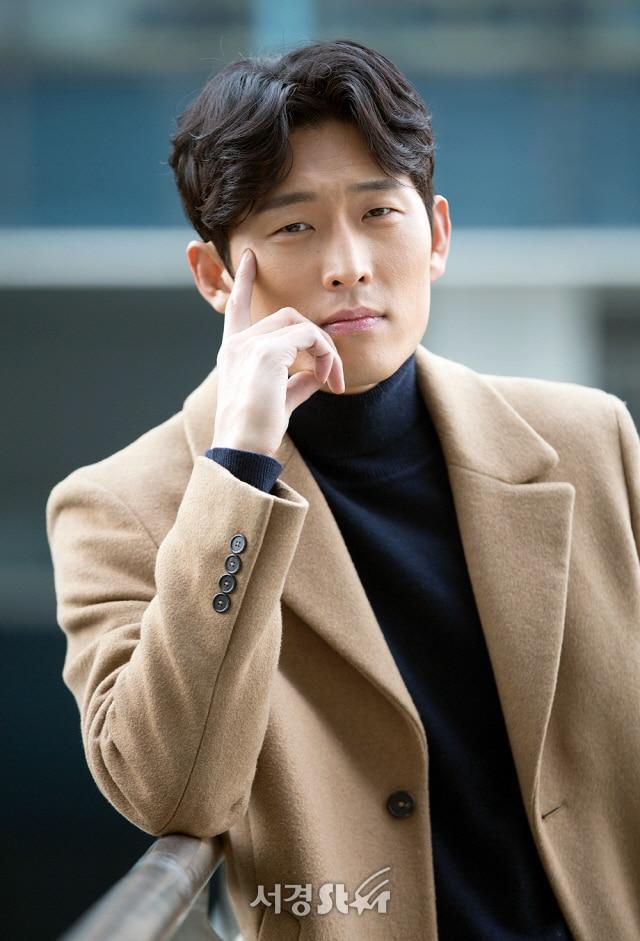 Go Joon