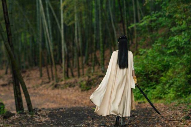 Hữu Phỉ đóng máy: Vương Nhất Bác, Triệu Lệ Dĩnh cùng dàn diễn viên nói lời chào tạm biệt ảnh 10