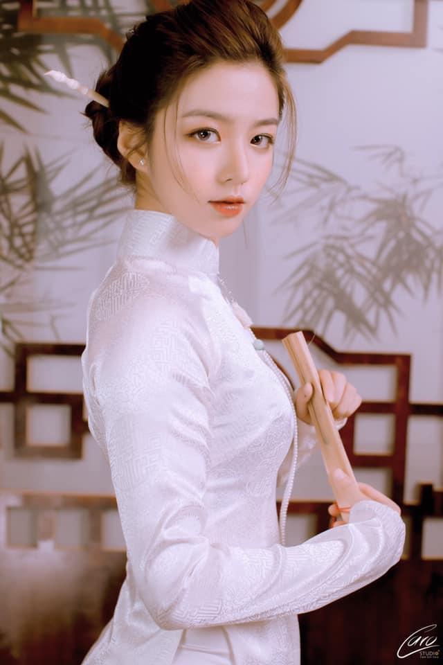Nhân Ngày của mẹ, dàn hotgirl Việt xúc động trải lòng: Dù có đi xa hay mệt mỏi tới đâu, chỉ cần về nhà với mẹ     sẽ bình yên! ảnh 9