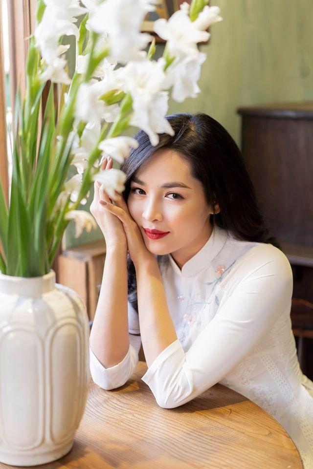 Hotgirl thẩm mỹ Vũ Thanh Quỳnh nói về chuyện hẹn hò bạn trai Việt kiều: Chuyện tình cảm cứ thuận tự nhiên, chẳng có việc gì phải PR cho nhau ảnh 0