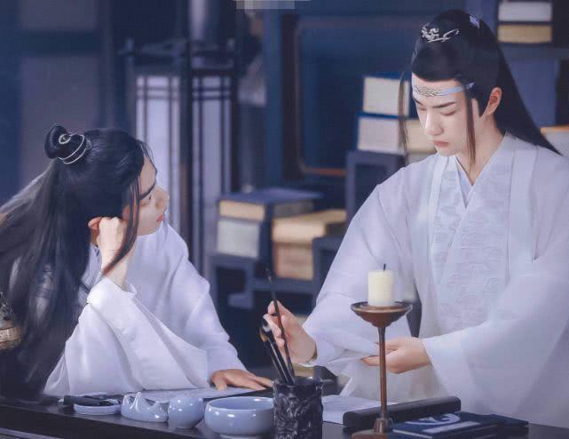 Sao chép biểu cảm của Tiêu Chiến, Dương Tử bị fans của nam chính Trần Tình Lệnh và Vương Nhất Bác trách mắng ảnh 1