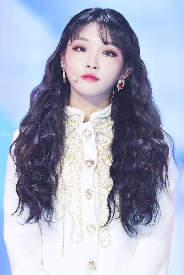 Những nàng Rapunzel sở hữu mái tóc dài quyến rũ của Kpop ảnh 22