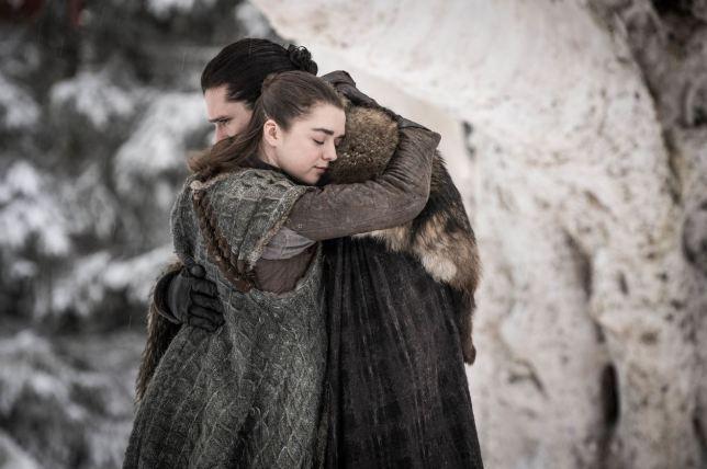 Arya Stark trở về với những anh chị em nhà Stark của mình.