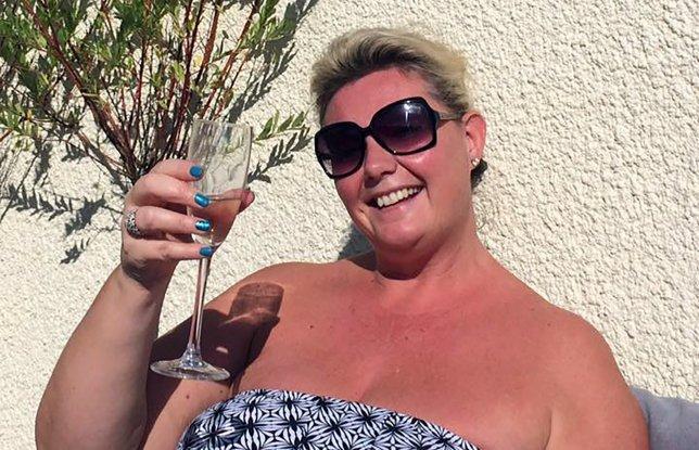 Bà Claire Free bị cáo buộc biển thủ 180.000 bảng Anh (5,1 tỉ VNĐ) từ tài khoản của khách hàng