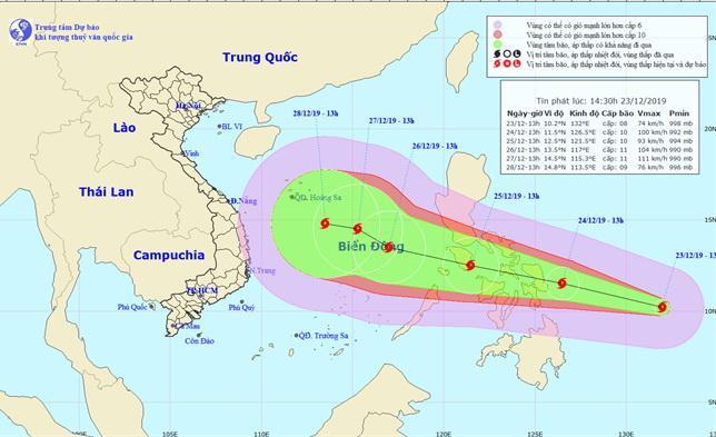 Vị trí tâm bão và đường đi của bão. Ảnh: Trung tâm Dự báo Khí tượng Thủy văn Quốc gia