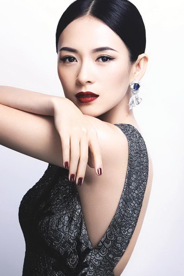 Những nữ minh tinh Trung Quốc xuất hiện trên tạp chí Vogue (Mỹ) được khen gợi đẹp như tranh ảnh 4