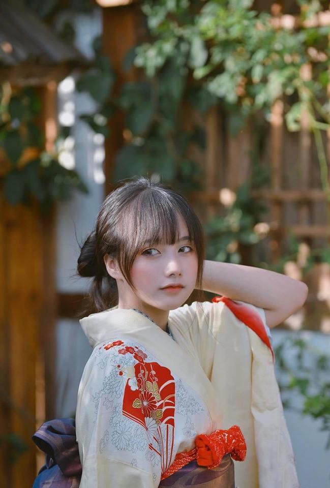 Nhan sắc ngọt ngào của hot girl cosplay thế hệ mới ảnh 11