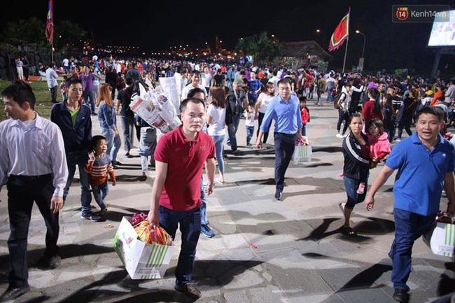 Lễ giỗ tổ Hùng Vương năm nay sẽ được tổ chức tại Đền Thượng vào lúc 6h30 ngày 6/4, sớm hơn 1 tiếng so với năm trước nhằm tránh tình trạng chen lấn, xô đẩy như mọi năm.