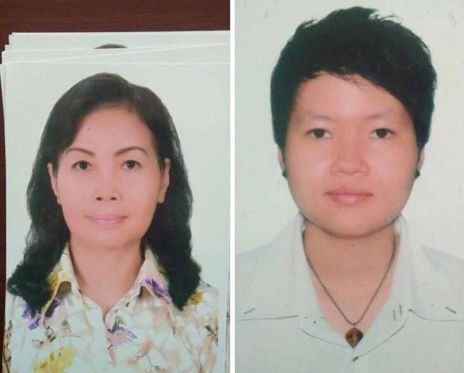 Chân hai phụ nữ nghi liên quan đến vụ án. (Hồng Hoa bên trái và Thiên Hà bên phải).
