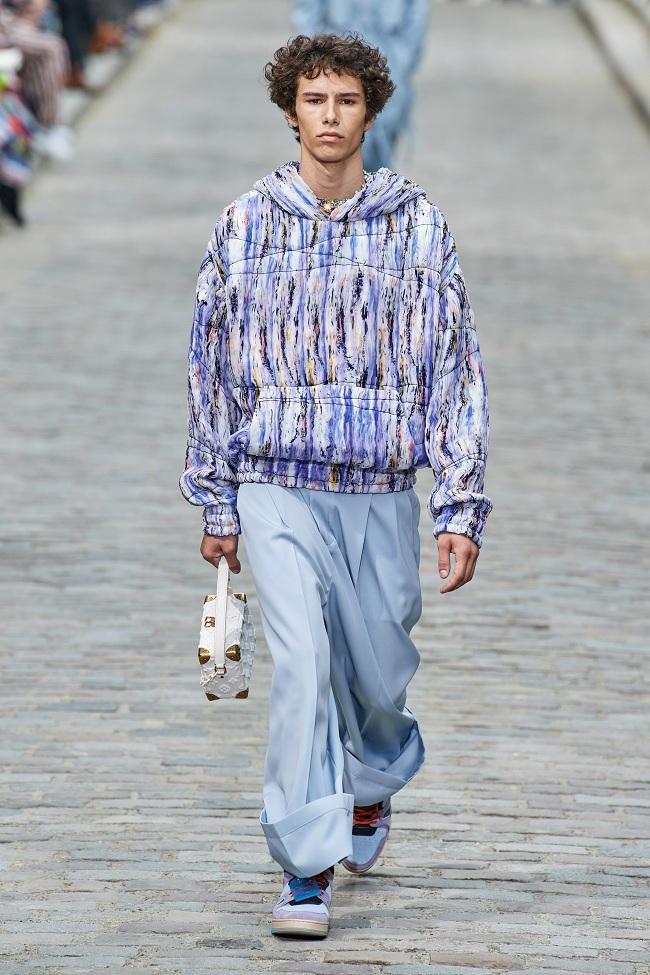 Bảng màu pastel của BST mới nhà Louis Vuitton được NTK hòa trộn khiến các tín đồ mê mẩn