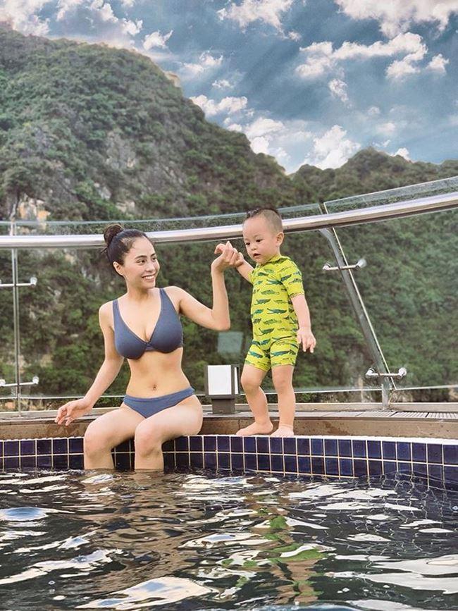 Vượt mặt Elly Trần, đây chính thức là bà mẹ 1 con lấy lại body gợi cảm nhất showbiz Việt ảnh 5
