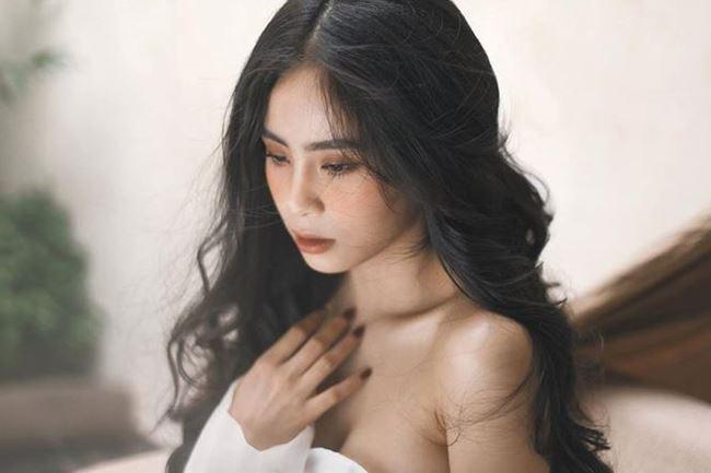 Vượt mặt Elly Trần, đây chính thức là bà mẹ 1 con lấy lại body gợi cảm nhất showbiz Việt ảnh 8