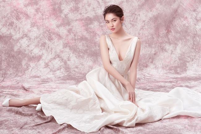 Á hậu 2 Hoa hậu Việt Nam 2016 khoe nhan sắc xinh đẹp ngọt ngào trong loạt bộ ảnh mới