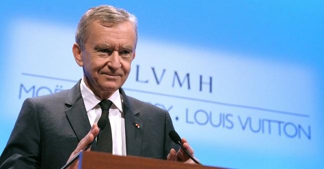 Bernard Arnault, chủ tịch và tổng giám đốc tập đoàn thời trang lớn nhất toàn cầu LVMH đã vượt mặt Bill Gates