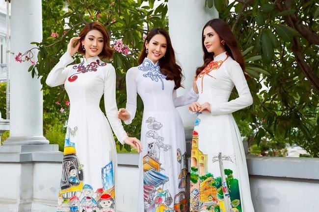 Bộ sưu tập áo dài tặng mẹ mùa Vu Lan năm nay , tôn vinh hình ảnh người mẹ Việt Nam.
