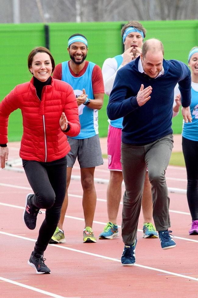 Tại một chiến dịch quảng bá cho Heads Together của cô và hai hoàng tử Harry và William tại London, người ta nhìn thấy Kate đã thử sức trong bộ môn chạy marathon.