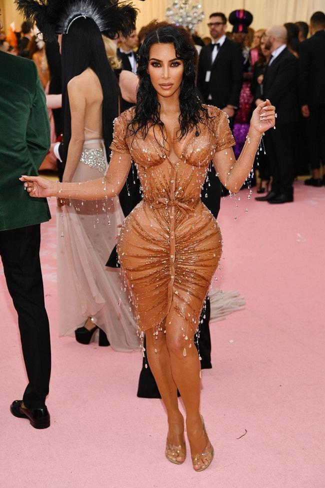 Vóc dáng của cô Kim Kardashian là nguồn cảm hứng để Jennifer Pamplona thay đổi bề ngoài của mình