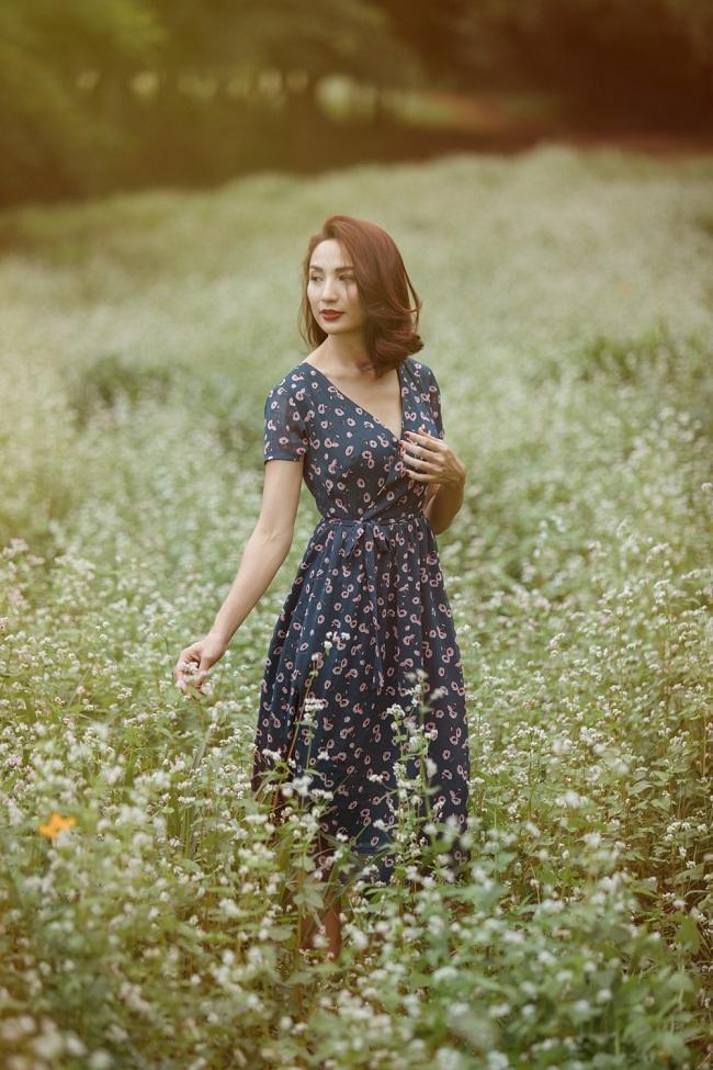 Thời trang Vintage chính là sự sống lại của nhiều giá trị xưa cũ tưởng chừng bị lãng quên.Hoa hậu Ngọc Diễm thả hồn trong các kiểu váy của NTK An Nhiên