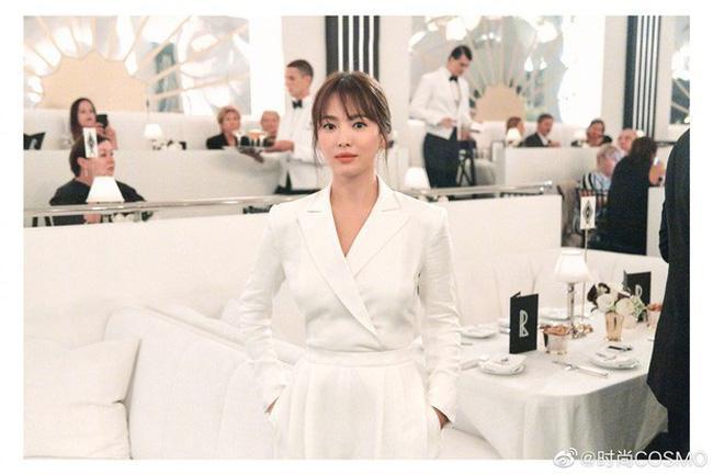 Song Hye Kyo làm khách mời VIPs trong show diễn của Ralph Lauren trong khuôn khổ Tuần thời trang New York diễn ra từ ngày 9 tới 14/9 vừa qua
