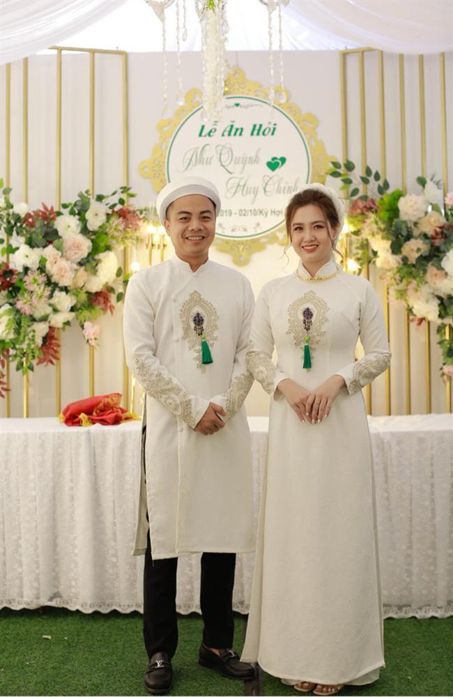 Lộ diện cặp đôi cô dâu chú rể nhà sát vách đang gây sốt mạng xã hội cùng những chi tiết thú vị ảnh 3