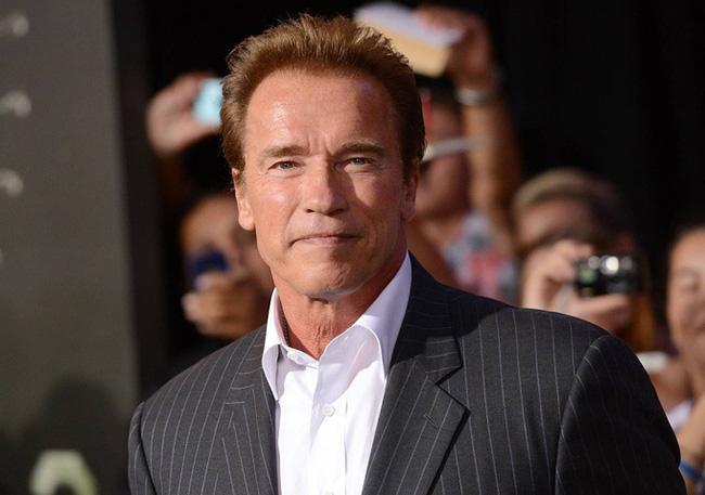 Các huyền thoại cơ bắp đình đám Hollywood: Tom Cruise, The Rock có ngang tầm Arnold Schwarzenegger? ảnh 0