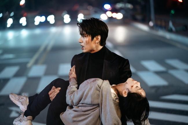 Rating phim Quân vương bất diệt của Lee Min Ho tiếp tục giảm thấp nhất kỷ lục mặc dù phim Thế giới hôn nhân đã kết thúc ảnh 3