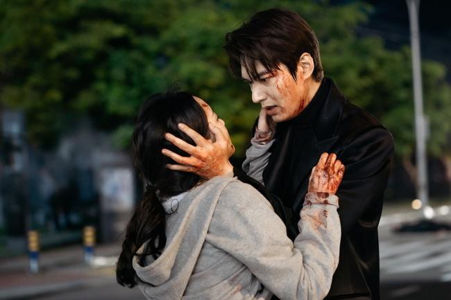 Rating phim Quân vương bất diệt của Lee Min Ho tiếp tục giảm thấp nhất kỷ lục mặc dù phim Thế giới hôn nhân đã kết thúc ảnh 2