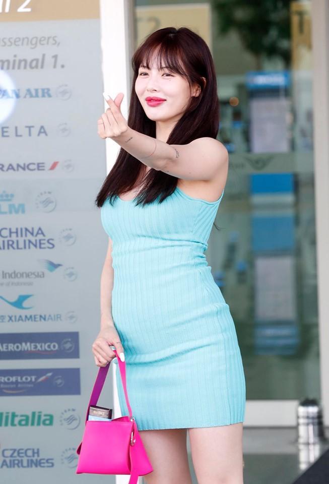 Tuy nhiên nhan sắc khác lạ của HyunA càng ngày càng khiến cho nhiều người hâm mộ phải lo lắng.