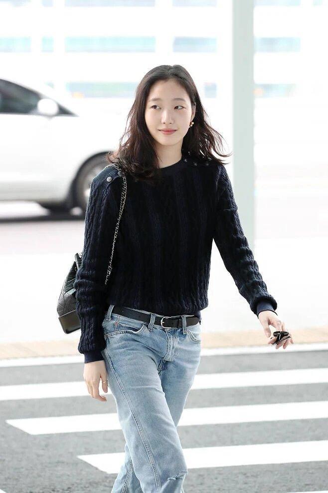 10 ngôi sao Hàn được K-Net đánh giá là minh chứng cho câu nói Người đẹp mặc gì cũng đẹp ảnh 3