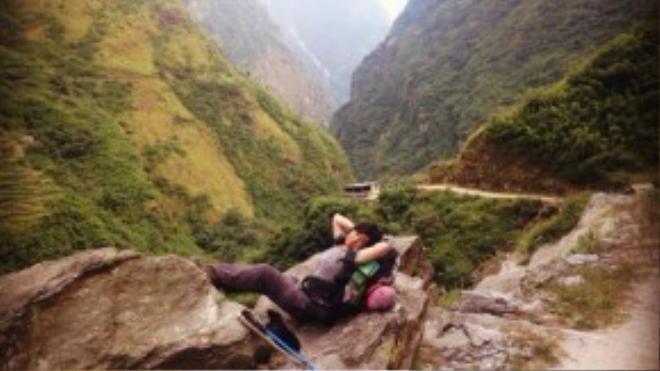 Từ một cô gái tự đi leo núi với số 0 tròn trĩnh về kinh nghiệm, Mỹ Linh đã trở thành người vận hành những tour leo núi khắc nghiệt bậc nhất thế giới.