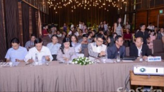 Toàn cảnh buổi hội thảo tọa đàm Nghề người mẫu tại Việt Nam: Thực trạng và đề xuất.