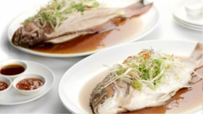 Món cá may mắn phải có đủ đầu và đuôi.