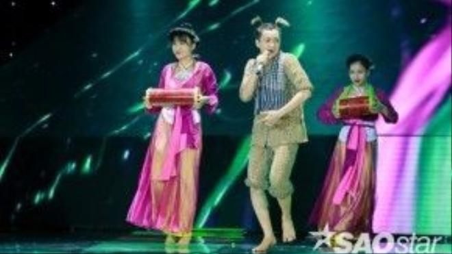 Ngô Kiến Huy tái hiện khung cảnh Tết vùng quê trên sân khấu The Remix.