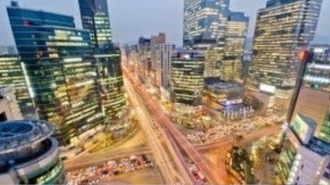 Các toà nhà chọc trời chen kín khu Gangnam. Ảnh: Andrew Stokols
