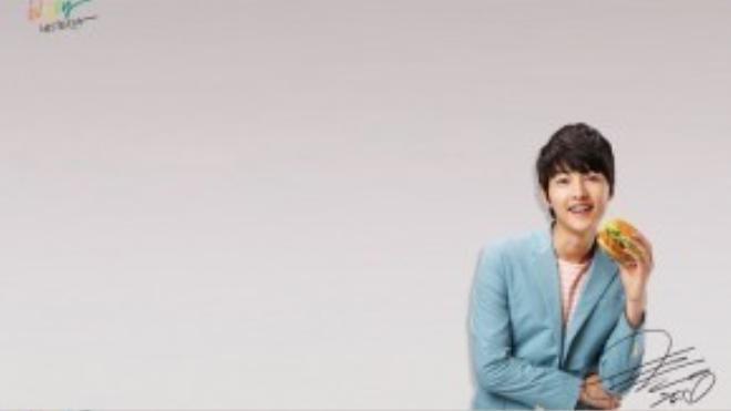 Bạn có thể tưởng tượng ra được khuôn mặt baby của Song Joong Ki sẽ thay đổi như thế nào khi không để kiểu tóc ngố ?
