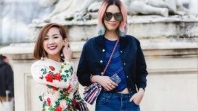 Trước đó, người đẹp cũng đã gặp gỡ Irene Kim - một siêu mẫu kiêm fashionista đình đám nhất Hàn Quốc, với mái tóc nhuộm dip - dye bảy màu nổi bật, đầy cá tính. Trâm Nguyễn rạng rỡ đọ sắc bên cạnh nữ hoàng streetstyle hàng đầu xứ sở kim chi.