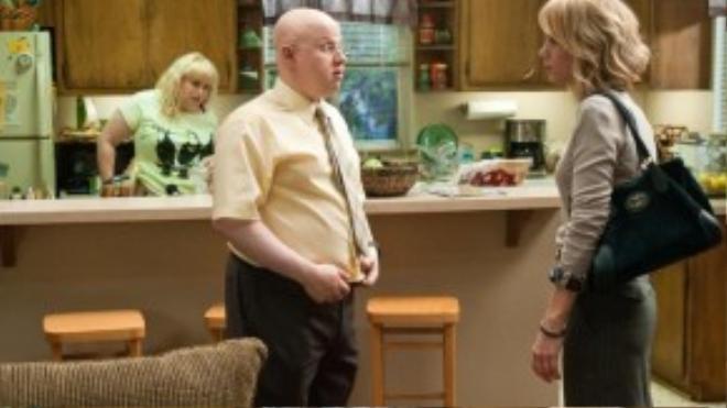Cảnh phim Bridesmaids có Rebel Wilson và Matt Lucas, người có 3 năm chung sống với cô.